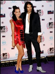 katy_perry_and_russell_brand_e