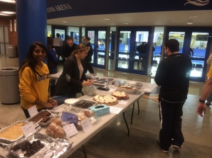 HockeyGameBakeSale_Oct192013_1